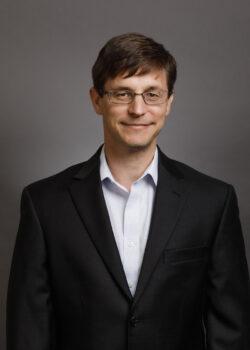 Dr.Jonespicture (1)